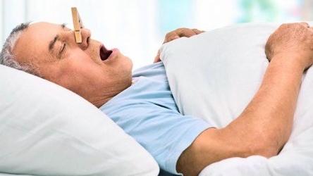 egészséges alvás magas vérnyomás)